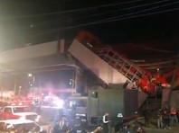 Вечером 3 мая около 22:30 по местному времени (6:30 4 мая мск) в столице Мексики обрушился мост на 12-й линии метро рядом со станцией Olivos, когда по нему проходил поезд