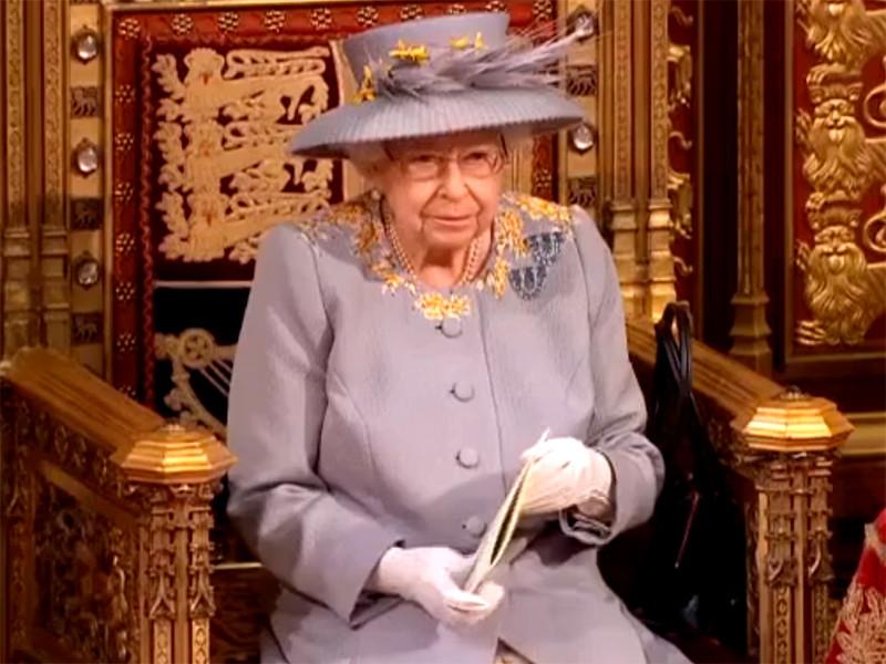 Британское правительство примет дополнительные меры, чтобы защититься от враждебной деятельности иностранных государств и их влияния. Об этом 11 мая заявила королева Великобритании Елизавета II, выступая с тронной речью в парламенте
