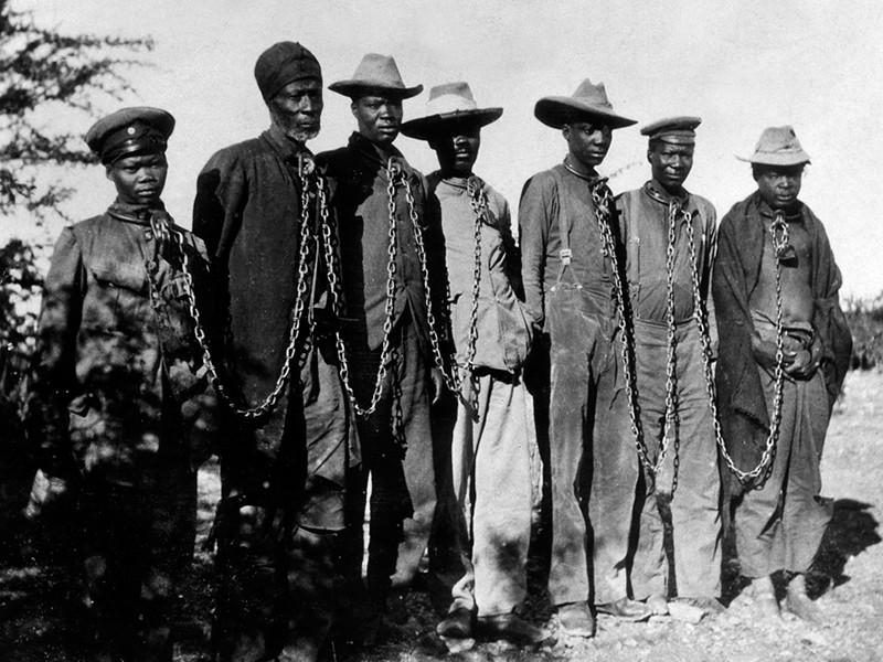 Германия официально признала геноцидом истребление племен гереро и нама на территории Намибии
