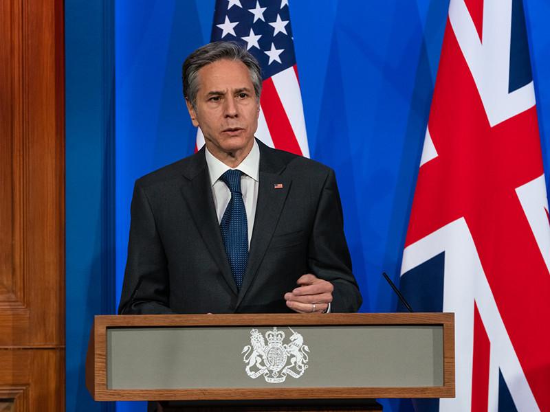 """Госсекретарь Энтони Блинкен подчеркнул, что США не стремятся к эскалации и предпочли бы иметь """"более стабильные, более предсказуемые отношения"""".С этим заявлением он выступил в Лондоне, где встречаются министры иностранных дел G7"""