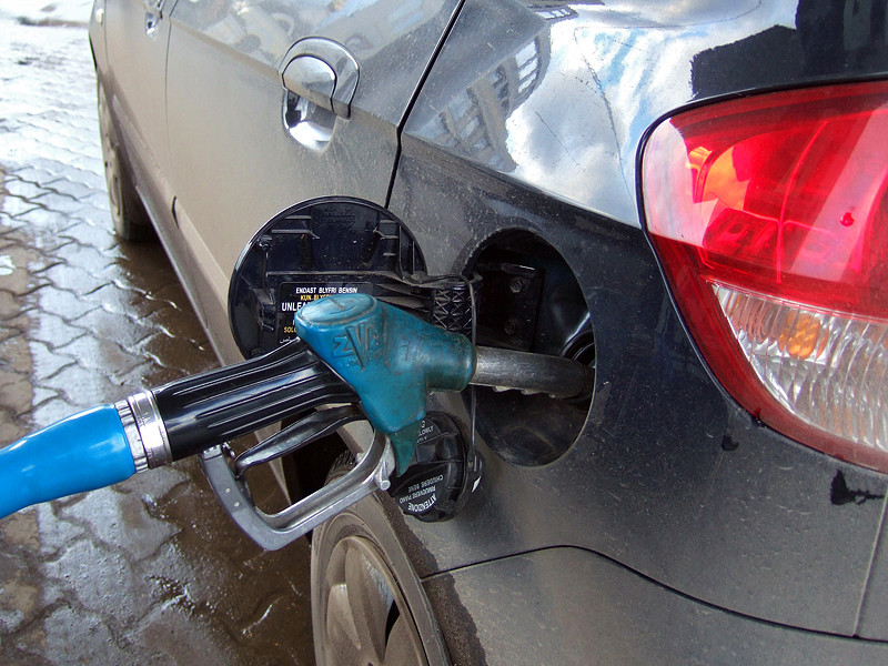 Бензин в России дорожает, несмотря на отсутствие дефицита
