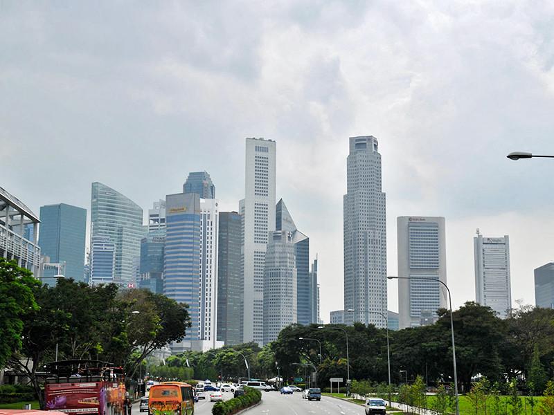 """Сингапур обогнал Таиланд в списке """"самых счастливых"""" экономик мира"""