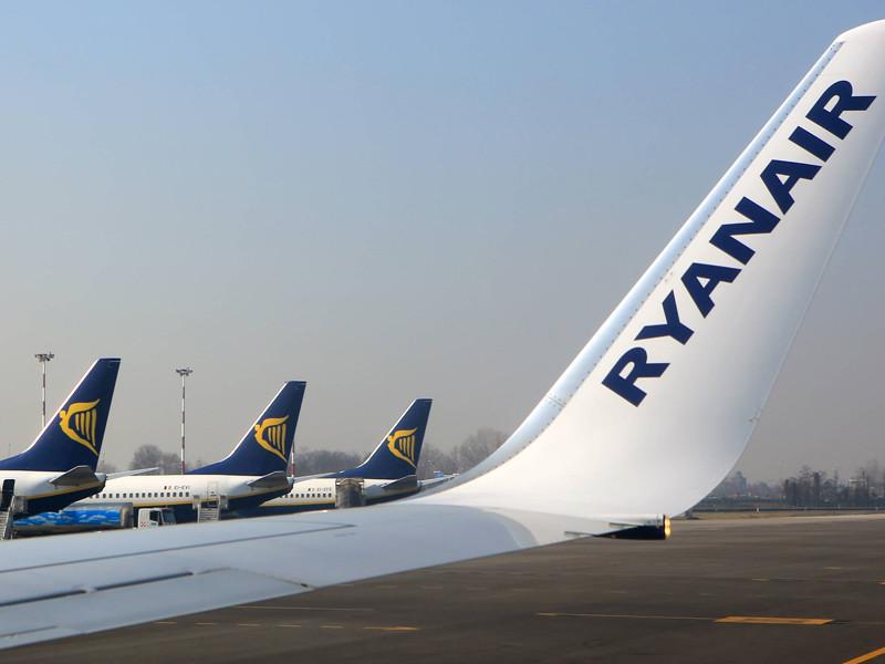 Ирландский лоукостер Ryanair, летающий из Москвы и Петербурга, решил брать с пассажиров с детьми дополнительную плату