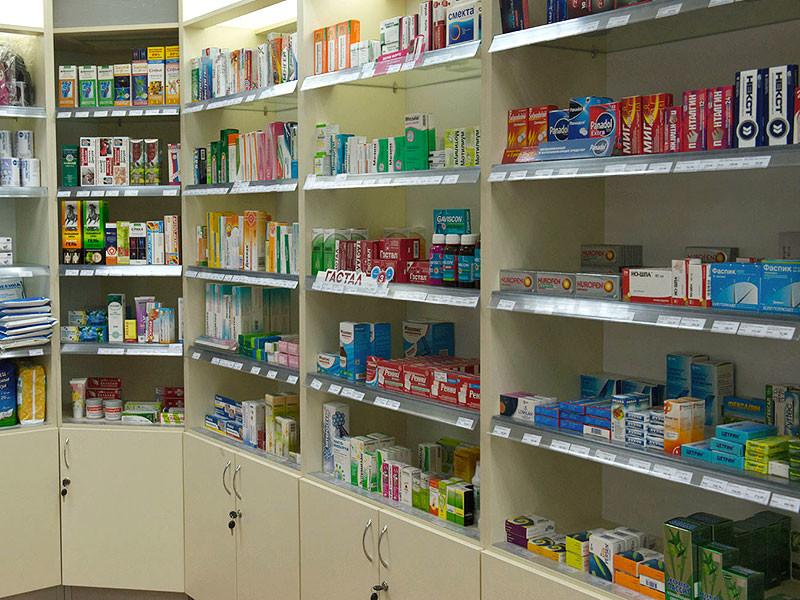 Федеральная антимонопольная служба (ФАС) выявила признаки картельного сговора, направленного на поддержание цен на торгах при проведении аукционов на поставку лекарственных средств и медицинских изделий для госнужд