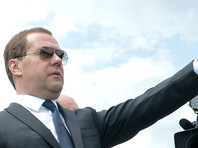 """Медведев написал о """"механизмах торможения"""" внутри российской экономики"""