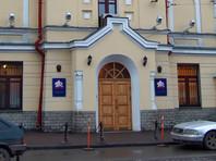 Пенсионный фонд, как сообщил агентству его представитель, выплачивает пенсии в адрес более чем 288 тыс. граждан, которые постоянно проживают за рубежом, но продолжают получать российские пенсии