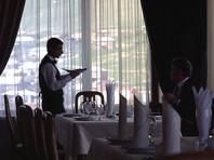 """""""Сбербанк"""" позволит отблагодарить официанта, переведя чаевые через мобильное приложение"""