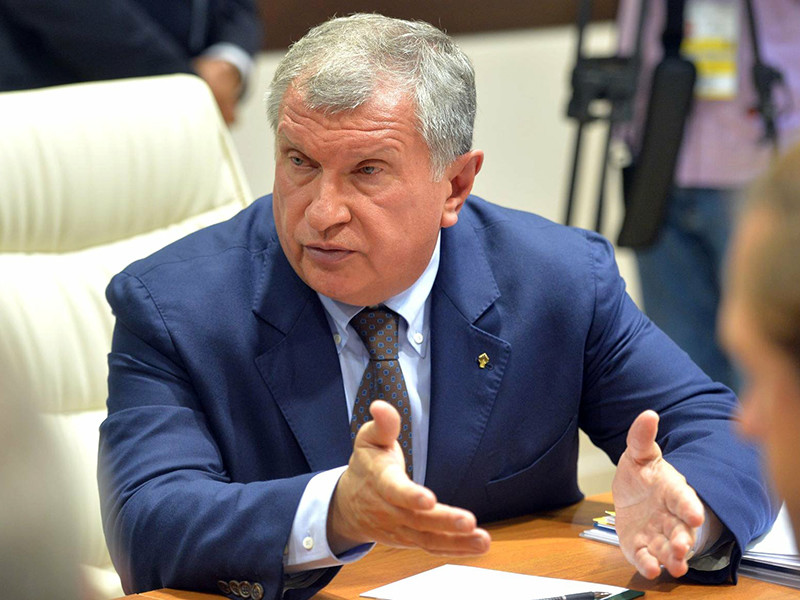 """Глава госкомпании """"Роснефть"""" Игорь Сечин прокомментировал последствия резонансного задержания экс-главы Минэкономразвития Алексея Улюкаева, которое произошло в офисе нефтяной компании"""