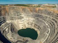 """Сделка потребует одобрения правительства, поскольку """"Полюс"""" разрабатывает месторождения с запасами более 50 тонн золота, а кроме того - может получить гигантские залежи """"Сухого лога"""" (крупнейшего в РФ месторождения)"""