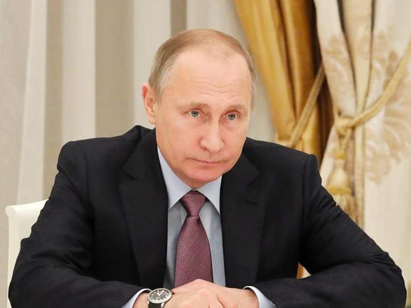 Президент России Владимир Путин поручил правительству РФ обеспечить к 2030 году увеличение доли высокотехнологичной продукции гражданского и двойного назначения в производстве предприятиями оборонно-промышленного комплекса (ОПК) до 50%