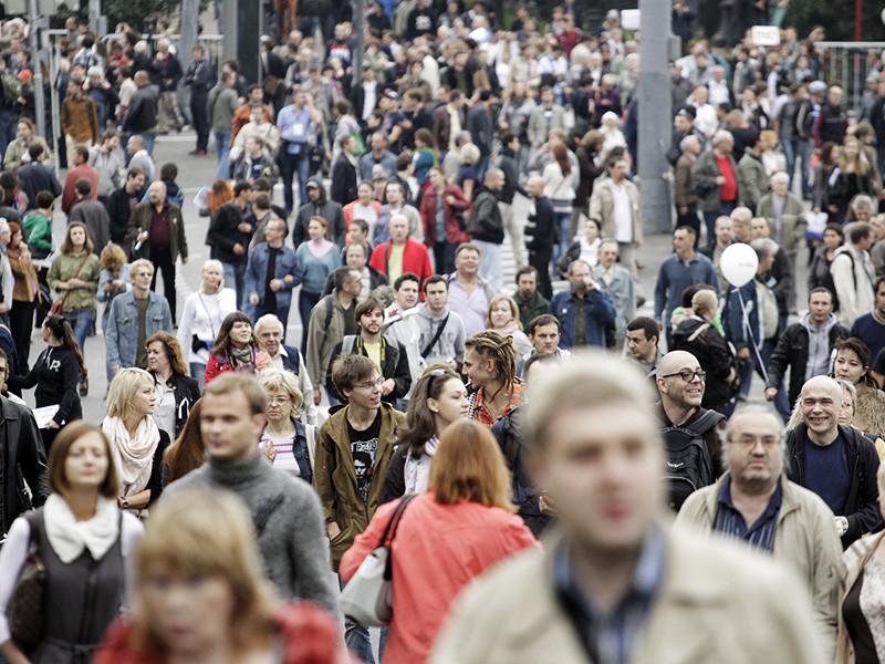 Россия может избежать убыли населения, к 2035 году численность ее населения может сохраниться на нынешнем уровне, сократившись всего на 83 тыс. человек
