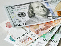 """Доллар резко поднялся выше 60 рублей на фоне """"вербальных интервенций"""" ЦБ и Минфина"""