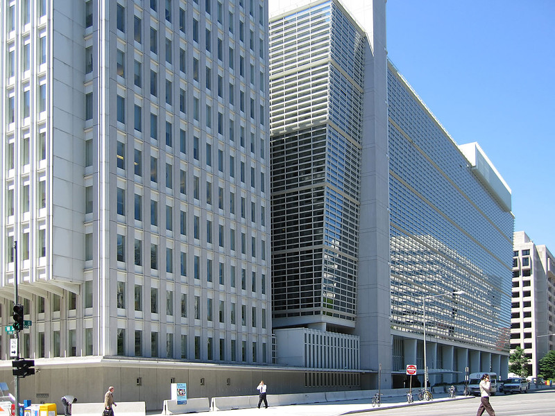 Всемирный банк назвал основной причиной стагнации в РФ концентрацию власти