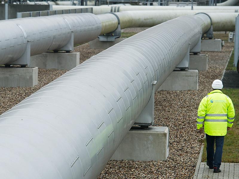 """""""Газпром"""" с 1 февраля сократил прокачку газа по """"Северному потоку"""" и его сухопутному отводу - газопроводу Opal"""