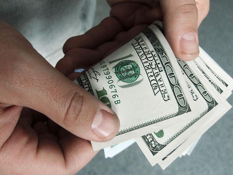 Россияне снова стали тратить деньги за границей