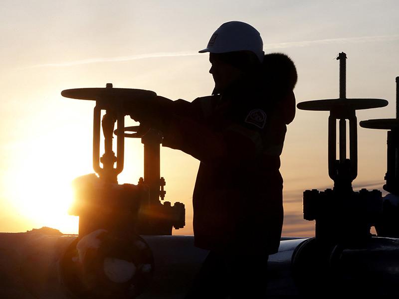 В декабре РФ обогнала Саудовскую Аравию по добыче нефти впервые с марта 2016 года