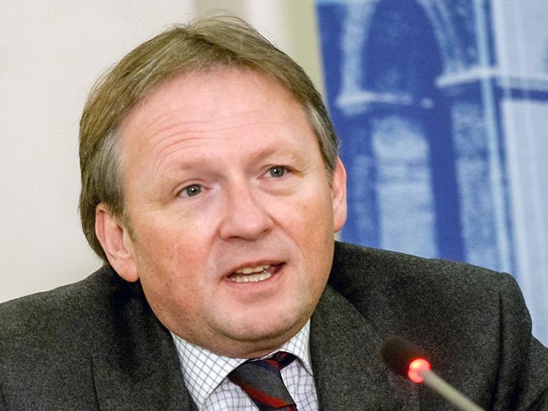 Бизнес-омбудсмен Борис Титов заявил, что повышать пенсионный возраст нецелесообразно