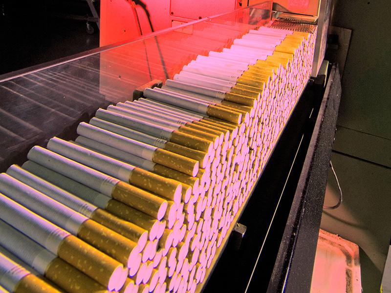 Минфин пока не хочет обсуждать предложенное СФ перераспределение доходов от табачных акцизов в регионы