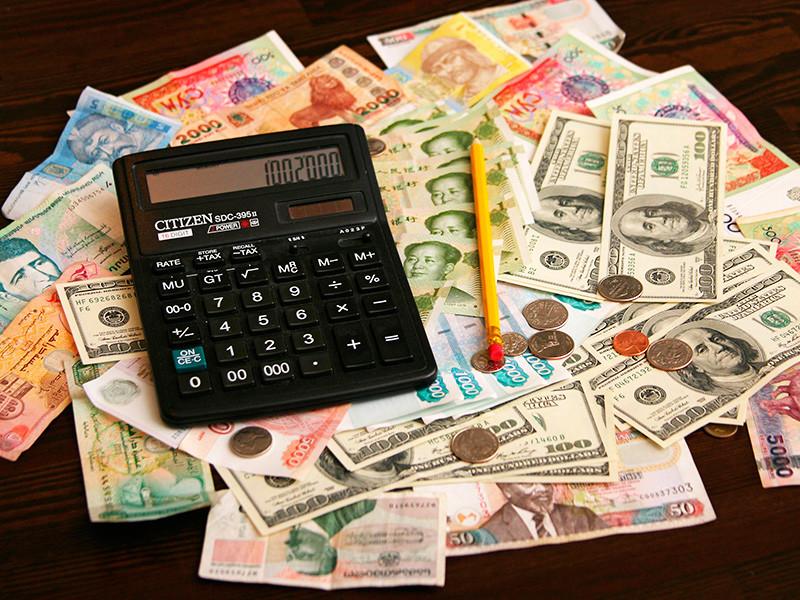 Эксперты из РАНХиГС: рубль переоценен примерно на 5%