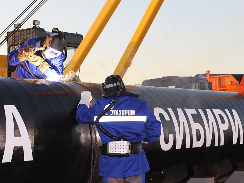 """Президент России Владимир Путин на пресс-конференции по итогам визита в Китай сообщил, что работа РФ и Китая по газопроводу """"Сила Сибири"""" идет по плану, вопрос цены на газ согласован"""