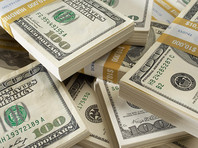 Крупные банки начали повышать ставки по долгосрочным долларовым вкладам