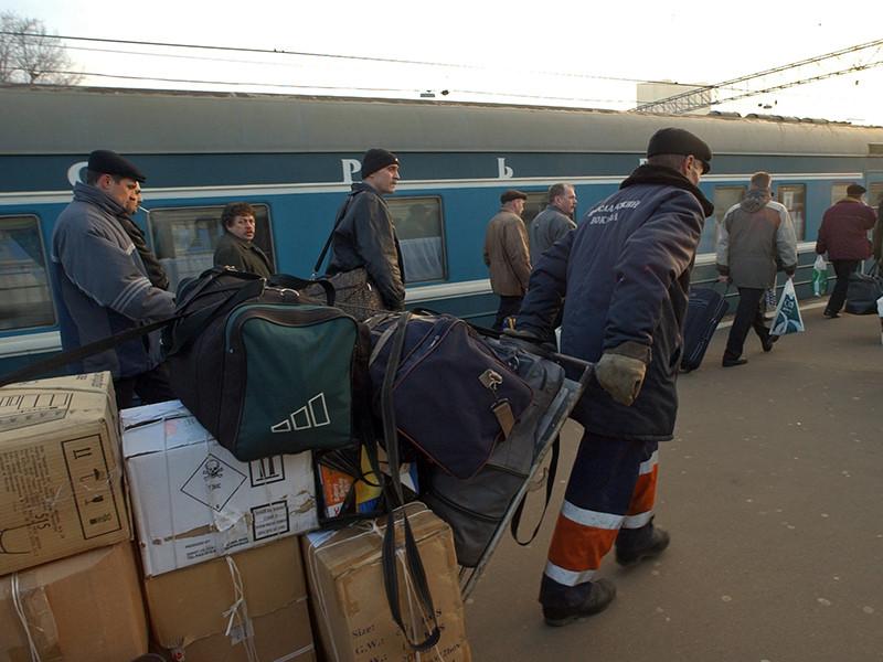 Из проекта, опубликованного Евразийской экономической комиссией (ЕЭК), следует, что норма беспошлинного ввоза товаров гражданами для личных целей наземными видами транспорта в ЕАЭС может быть снижена втрое - с 1500 до 500 евро