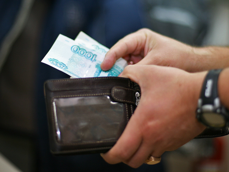 Больше трети самозанятых россиян опрошенных в начале июня исследовательской компанией ResearchMe сообщили, что ничего не ждут от государства и, соответственно, не считают нужным делать какие-то отчисления в казну