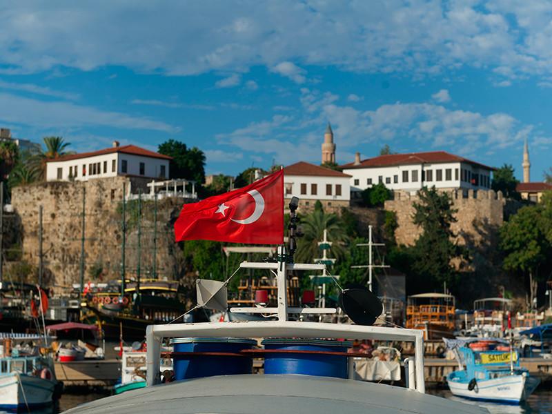 Россия этим летом обеспечивает основной приток туристов в турецкой Анталье