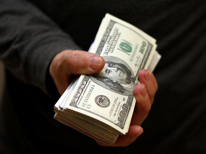 Совокупное состояние десяти богатейших семей за последний год увеличилось на 2 млрд долларов - до 27 млрд