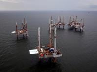 """Цены на нефть продолжают снижение из-за урагана """"Харви"""", обрушившего спрос"""