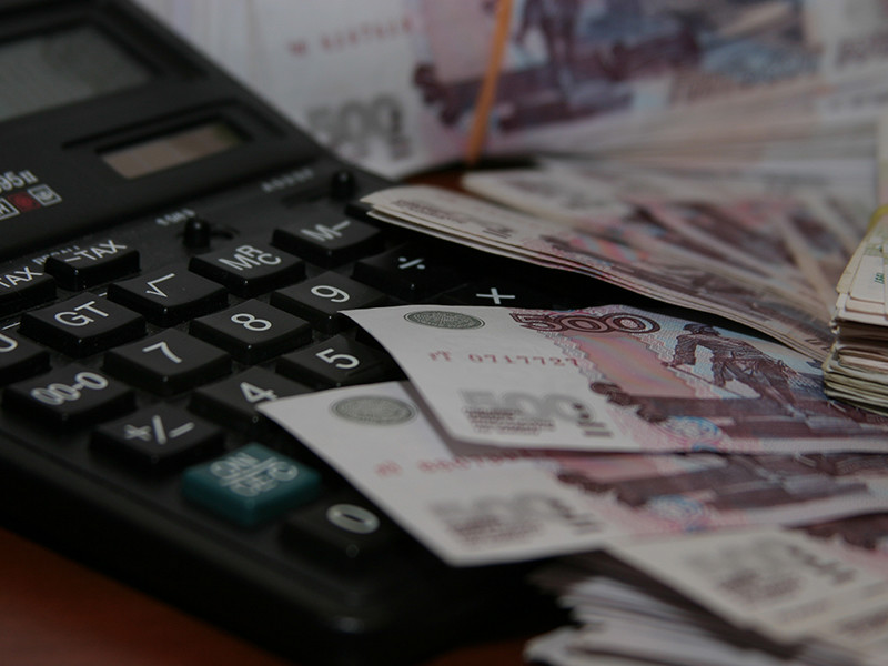 Две трети россиян видят экономический кризис в стране