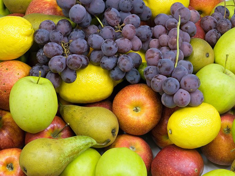 Минфин отказался снизить НДС на фрукты и ягоды