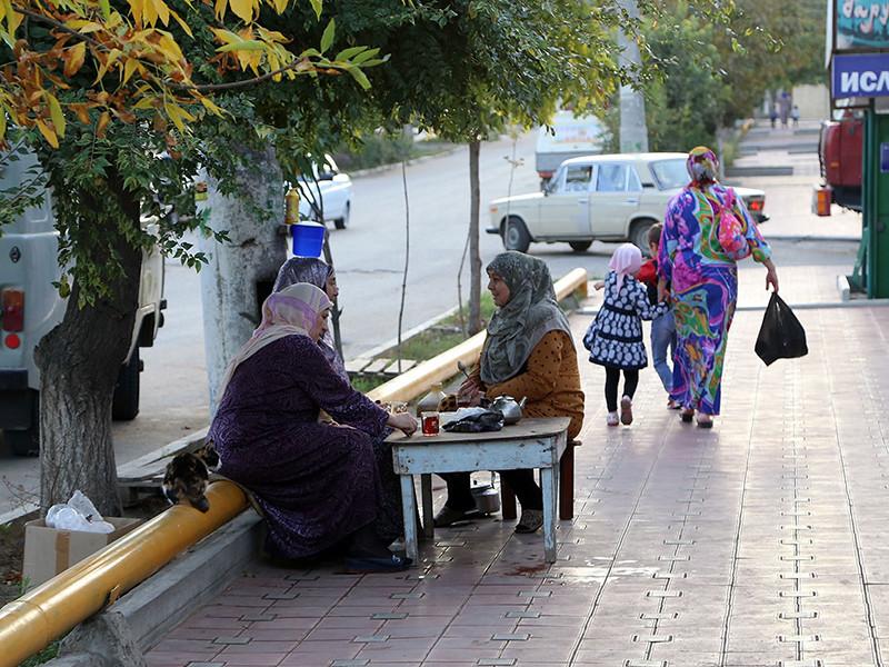 В России в целом в уровень безработицы по итогам третьего квартала составил 5,0%. Самый низкий уровень безработицы по критериям МОТ в июле-сентябре отмечен в Центральном федеральном округе (3,1%), самый высокий - в Северо-Кавказском федеральном округе (10,5%)ss.html