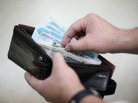 Россияне компенсируют падение доходов новыми кредитами