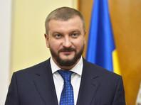 """""""Проще говоря, если до сих пор можно было взыскать только средства """"Газпрома"""", размещенные в банках, то теперь взыскание распространяется на все имущество должника"""", - написал Петренко в Facebook"""