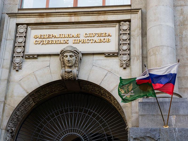 Число россиян, ставших невыездными из-за задолженности по алиментам, за год увеличилось в 1,5 раза