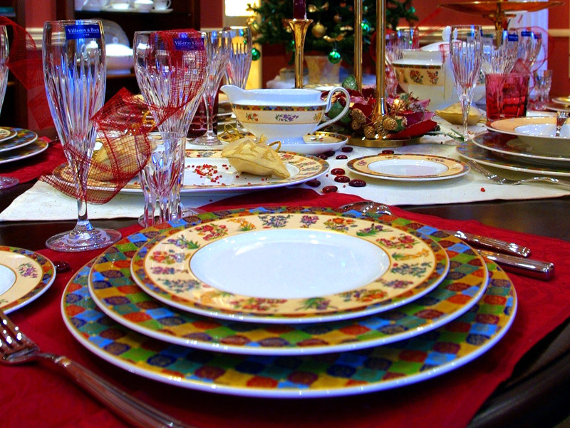 Росстат: стоимость продуктов для новогоднего стола за год выросла почти на 4%
