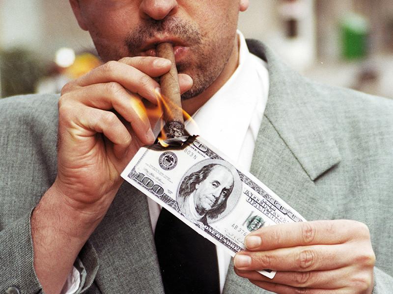 В традиционном отчете международной благотворительной организации Oxfam, приуроченном к открытию международного экономического форума в Давосе, сказано, что состояние богатейших людей планеты за год выросло и теперь всего 1% населения Земли владеет почти 82% всех богатств