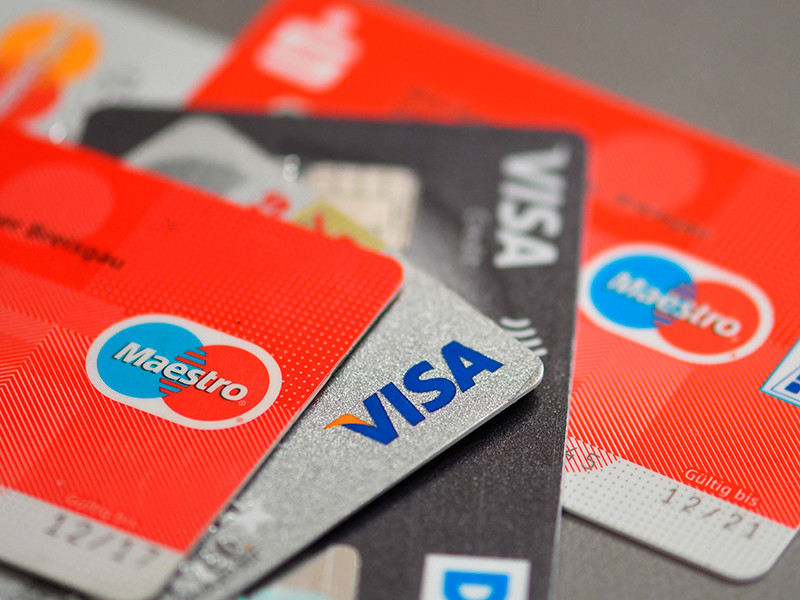 Мошенники находят в соцсетях схемы хищения средств с банковских карт