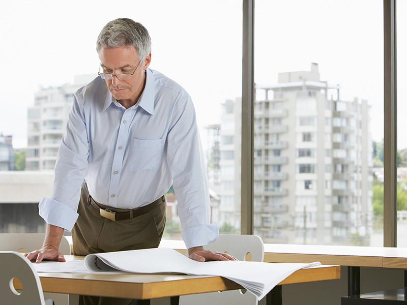 Чиновники финансово-экономического блока правительства достаточно давно пришли к консенсусу о том, что возраст выхода на пенсию нужно повысить