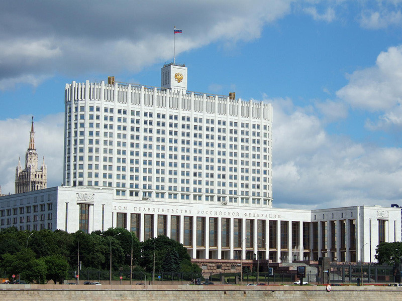 Российское правительство обсуждает возможность повышения НДС с 18 до 20% ради выполнения новых майских указов президента Путина