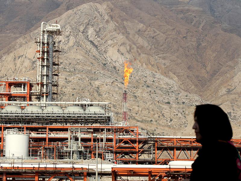 """Перспектива """"более тесной связи России с ОПЕК"""" может помочь уговорить Иран и Венесуэлу поддержать рост добычи во второй половине года"""