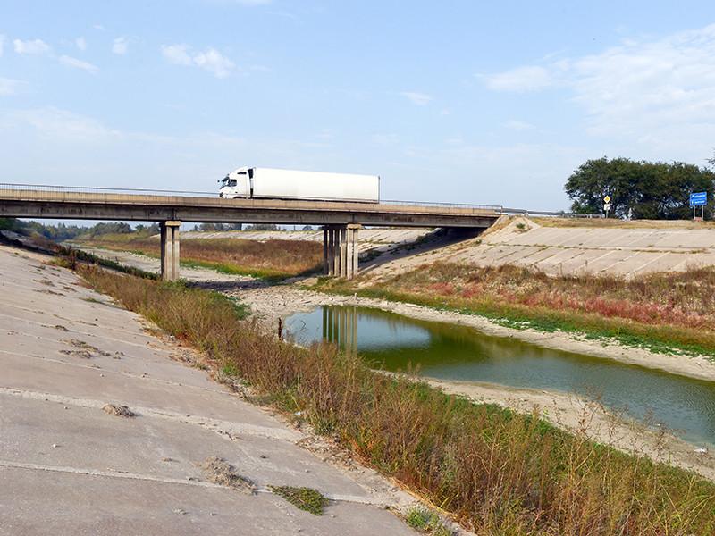 Крым, где в 2018 году жесточайшая засуха, потерял половину урожая из-за непоступления воды из Днепра