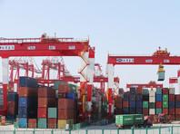 """С тем, что введением пошлин США начали беспрецедентно крупномасштабную торговую войну, согласились и в Китае. """"США нарушили нормы ВТО и дали начало самой большой по объему торговой войне в истории экономики"""", - говорится в опубликованном заявлении Министерства коммерции КНР"""