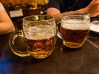 """Финансируемая правительством РФ некоммерческая организация """"Роскачество"""" выяснила, что пиво одного вида, произведенное в России и Чехии, практически не отличается по вкусу и показателям, то есть его качество находится на одной уровне"""