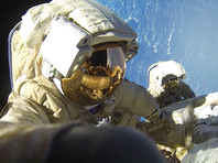 Росстат: больше всех в России зарабатывают летчики и космонавты