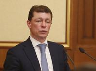 Глава Минтруда РФ Максим Топилин заявил, что зарплаты россиян в 2018 году выросли более чем на 10%. В ходе правительственного часа в Совете Федерации 24 октября он назвал такие темпы роста зарплат беспрецедентными