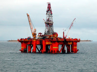Цена на нефть марки Brent ускорила падение, подстегнув снижение рубля
