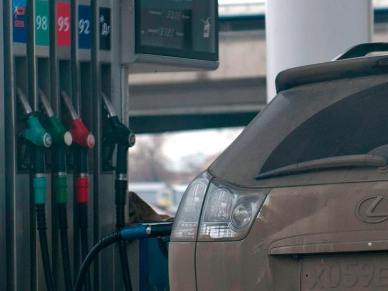В России впервые за полгода выросли розничные цены на бензин и дизель, следует из данных мониторинга Московской топливной ассоциации на АЗС Москвы