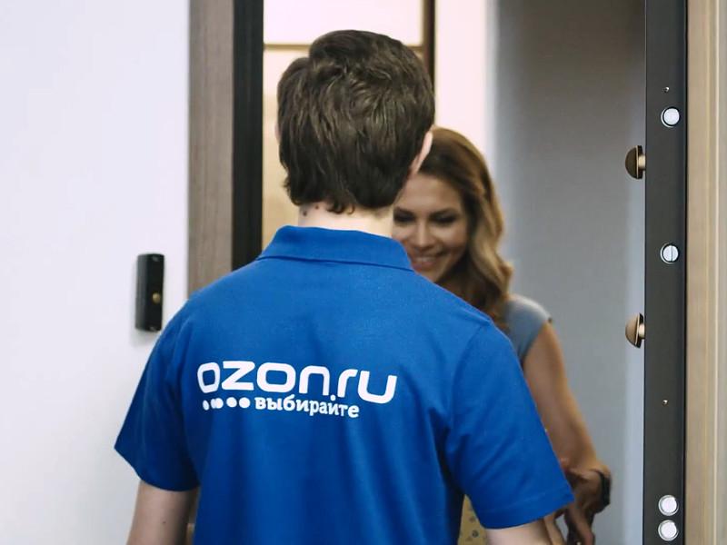 Один из крупнейших российских онлайн-ритейлеров Ozon с 4 февраля резко повысил тарифы на доставку покупок, отказался от бесплатных опций доставки и ввел подписку на эту услугу, следует из информации в приложении ритейлера